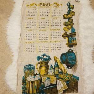 Vintage 1969 calendar tea towel